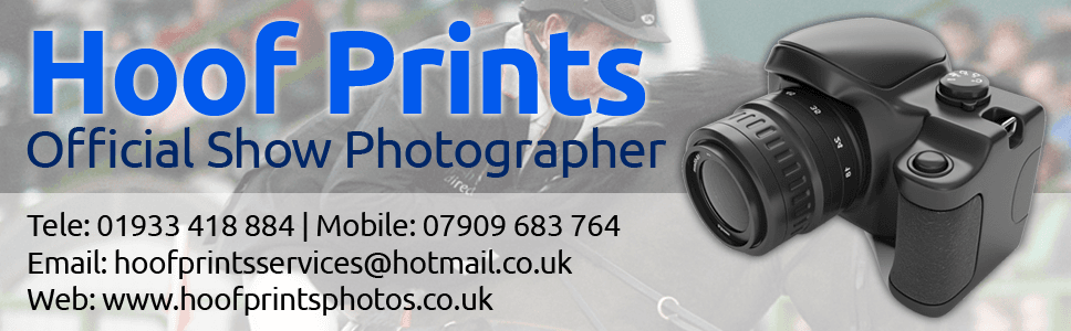 hoofprints show photography